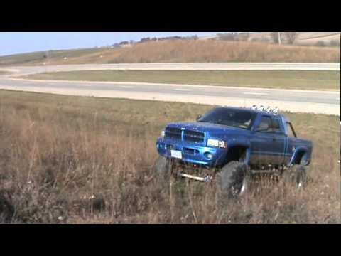 Ramzila 99 Dodge Ram 2500 with lift kit and 44 inch tires ...
