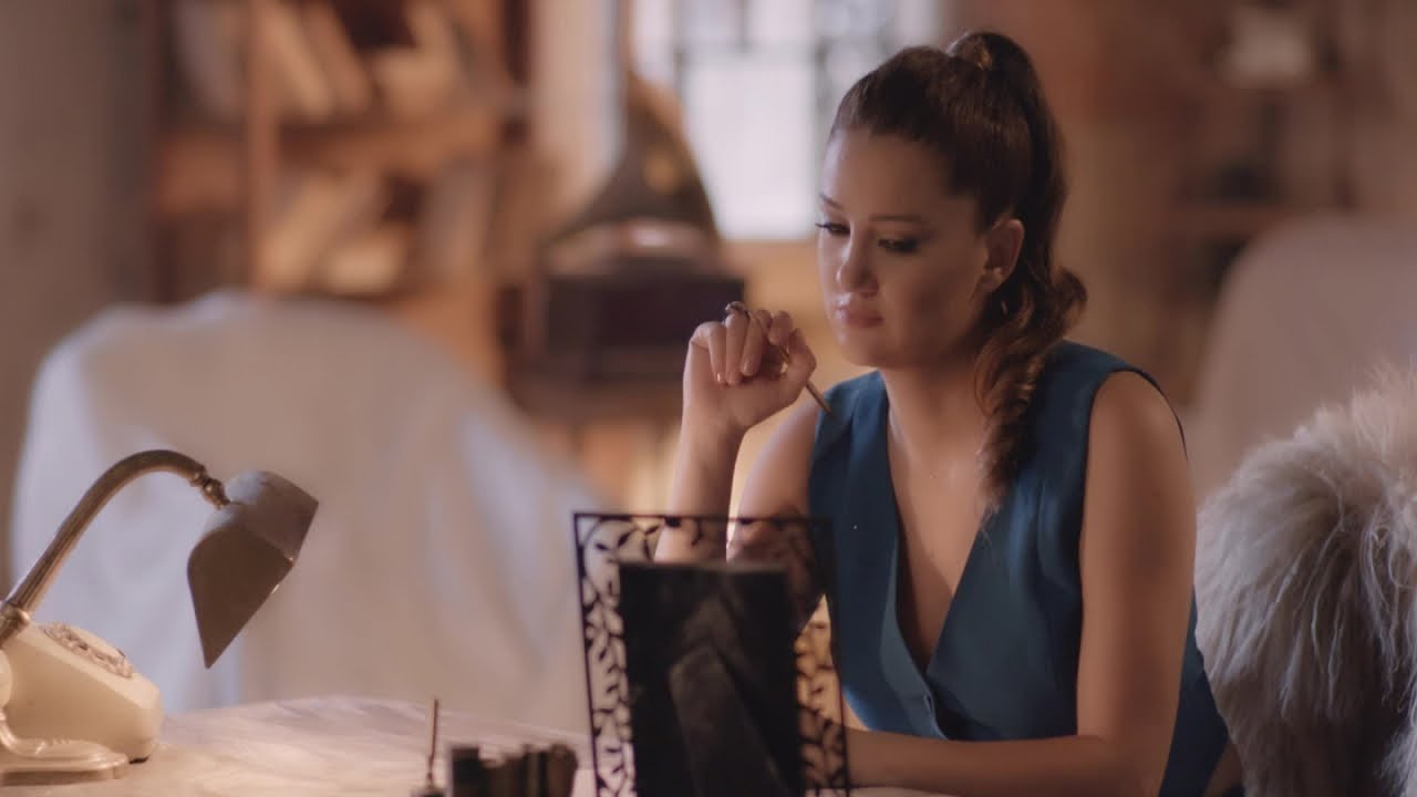 Gaye Aksu - Ayda Hüzün - (Official Video)