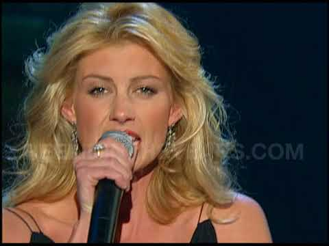 Faith Hill When The Lights Go Down Live 2003 Reelin In The Years Archive