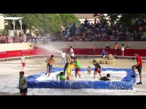 Clarensac taureaux piscine aux arènes 30 août 2014
