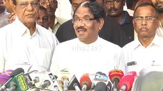 Bharathiraja Pays Last Tribute to Sasikala's Husband Natarajan  nba 24x7
