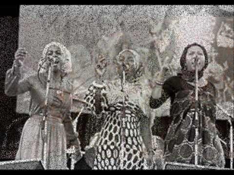 I Threes - Waitin In Vain - Songs Of Bob Marley