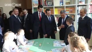 Рустам Минниханов посетил урок экологии в казанской гимназии