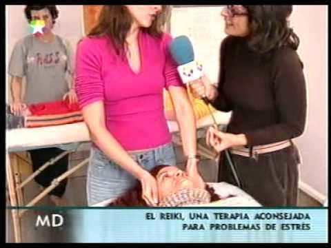 Documental TeleMadrid sobre un Curso de Reiki con John Curtin