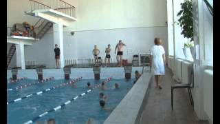 Посещение бассейна (видео)