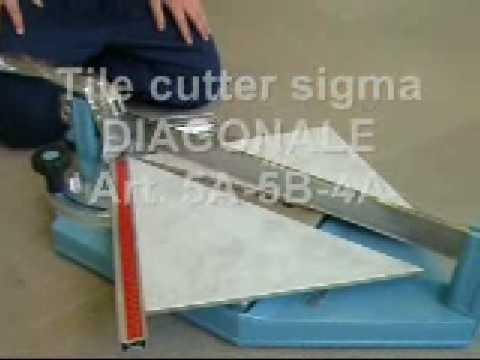 Taglio di piastrelle in gres porcellanato a ° con