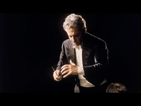 Beethoven: Symphony No. 8 / Karajan · Berliner Philharmoniker