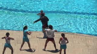 Дневная анимация у бассейна Queens Park Resort Goynuk 2015