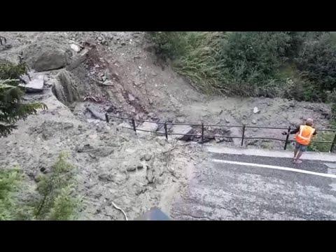 Corriere della Sera: Frana a Valmalenco: detriti, fango e sassi caduti dalle pendici della montagna