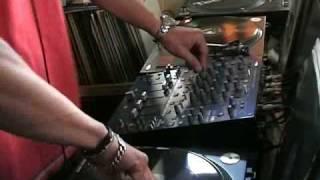 DJ TONES Tekhouse+Techno Progressive Tenminmix-2.11.2008 HQ Rec