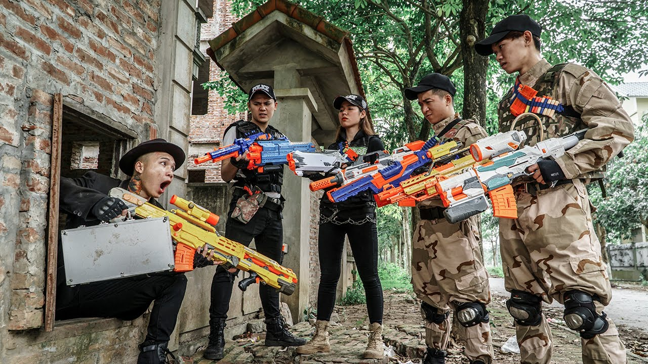 LTT Game Nerf War : Warriors SEAL X Nerf Guns Fight Chase Rocket Crazy Exchange of Hostages