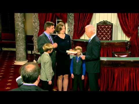 Swearing in of Senator Martin Heinrich (D-N.M.)