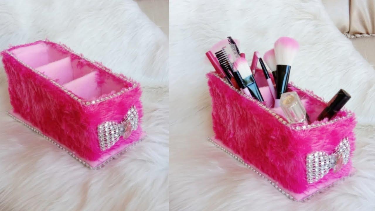 Wow cantik sekali tempat kuas makeup dari barang bekas || DIY
