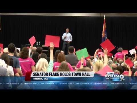 Sen. Jeff Flake hosts Mesa town hall meeting