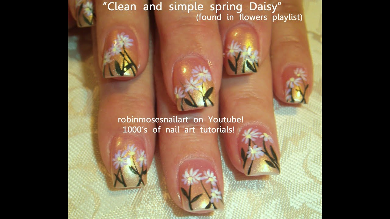 Simple Daisy Nail Art