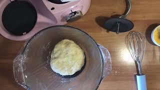 Пирожки с яблоками и с колбасой (ВЫ УСТАНЕТЕ ИХ ГОТОВИТЬ)