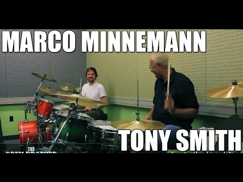 "Marco Minnemann and Tony ""Thunder"" Smith (Lou Reed) drum solo shedding in 21/16 