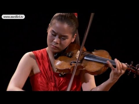 Esther Yoo plays Carmen Fantaisie (for violin)