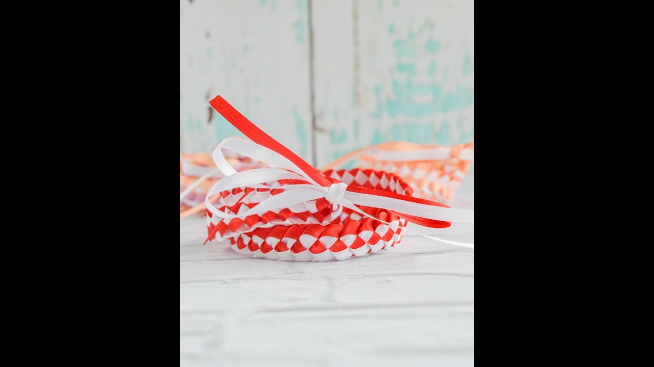 How To Make A Braided Ribbon Lei Youtube