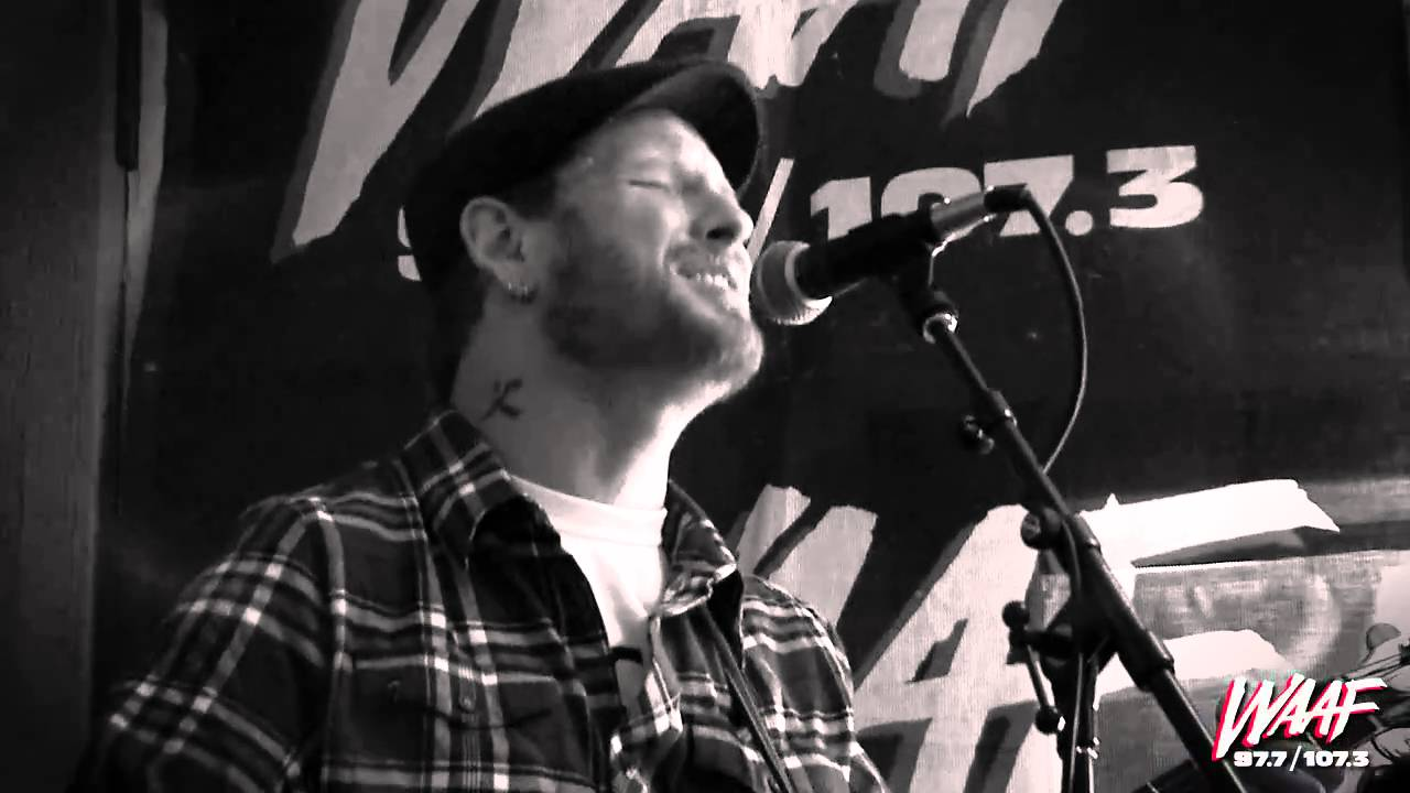 Stone Sour - Through the Glass (acoustic) - YouTube