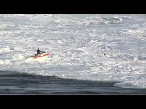 Big Wave Surfers Hit Jaws for Billabong XXL