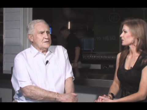 Jenna Stauffer Interviews Don Shula At The Grand Opening Of The First Shula Burger On WEYW 19