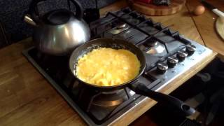 Оригинальный рецепт яичницы