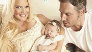 Baby Maxwell Photo: Jessica Simpson Tweets Baby's Picture