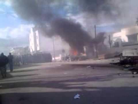 poste police le kram ouest tunis le 14/01/2011 a 12h30 .mp4