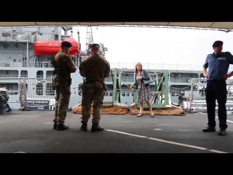 Britse torpedojaer by V&A Waterfront