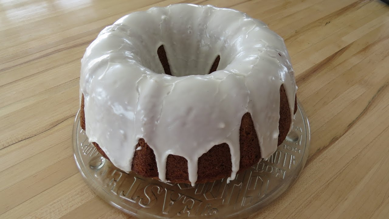 Maple Bundt Cake Glaze
