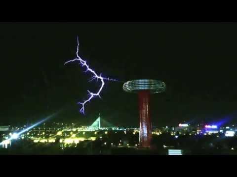 Nikola Tesla coil, electric resonant transformer, Belgrade Kalemegdan 2016-07-10