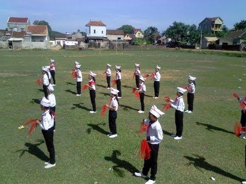 Duyệt nghi thức đội 10B_ Nam Thanh, Nam Đàn , NghệAn