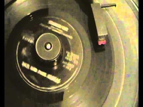 Dick and Paul Freitas - Siamese Cat - Beacon Records - Old Wigan Casino instrumental