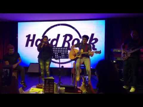The Band-it's at HardRock Cafe