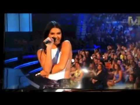Kendall Jenner Announcing 5SOS at Billboard Awards 2014