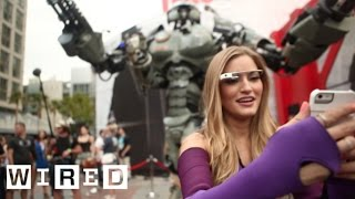 San Diego Comic Con 2013: iJustine Helps WIRED's Giant Robot Get into Comic Con