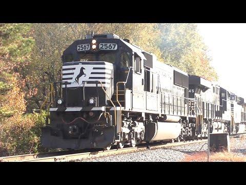 [##] Rush of Norfolk Southern Trains Part 1/2, Macon GA, 11/18/2016 ©mbmars01