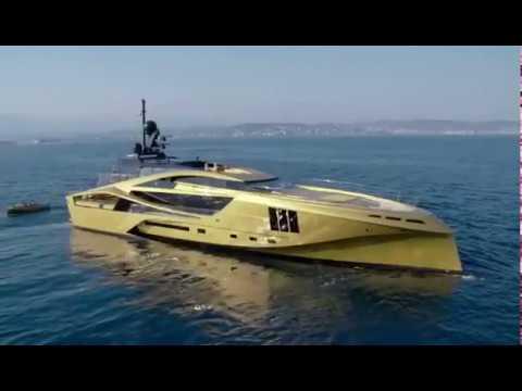 Amazing Dream Gold Yacht