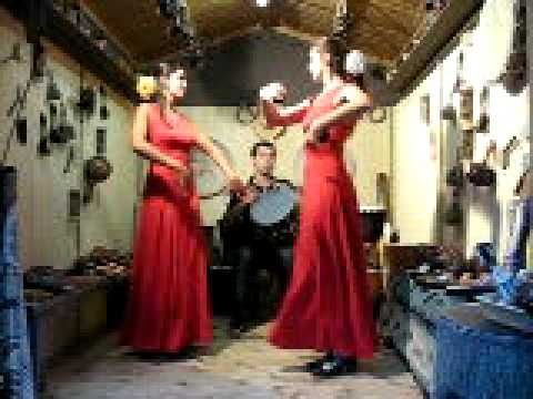 malik-nagara-drum-and-flamenco-dancers-marina-and-carolina