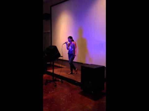 Clari Singing