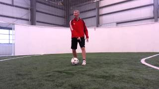 Soccer Juggling Lift: Diego Maradona Heel Kick to Opposite Foot