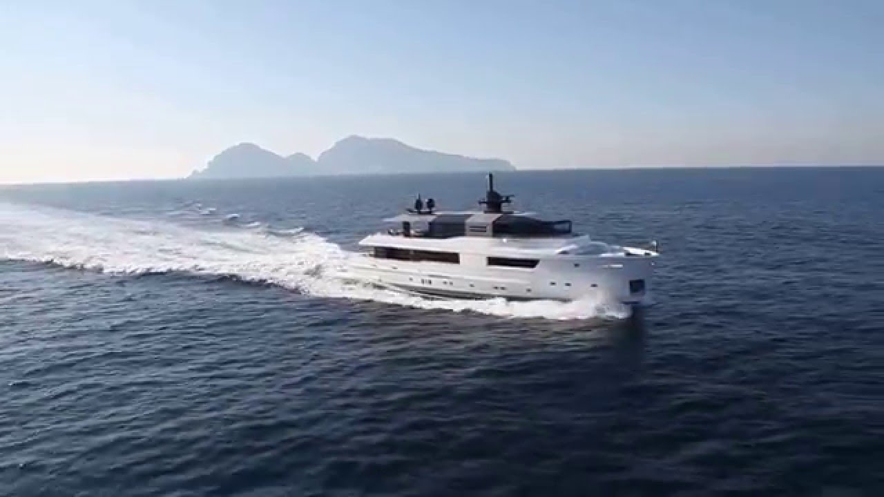 Beautiful Tour Of A Luxury Mega Yacht For Sale