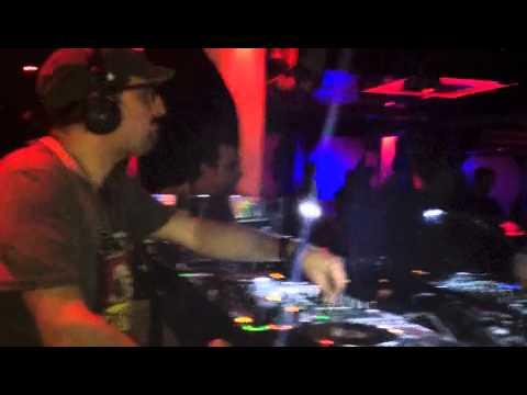 DJ Wally Retro Old Vic Marbella 5-12-13
