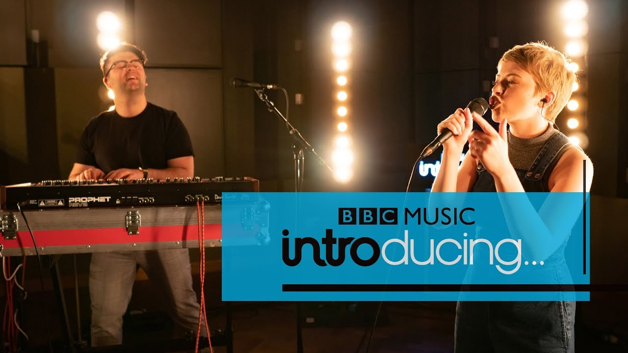 Chuchoter - Maneater (BBC Music Introducing Session)