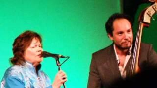 Skaidi - Yoik Singing - Live At CC 2010