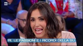 """Caterina Balivo racconta Vittorio Sgarbi a """"Vieni da me"""" su Rai Uno (puntata del 17 ottobre 2018)"""