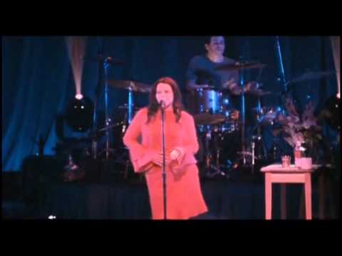 Natalie Merchant - Carnival (Live)