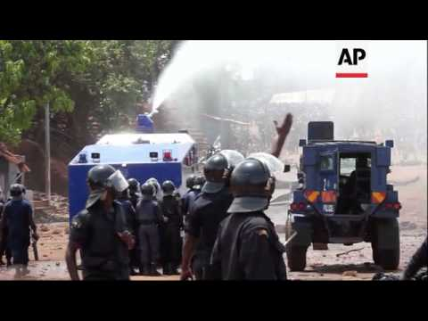 At least 15 injured in clash with security forces in Guinea