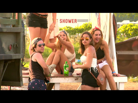 Country Thunder In Wisconsin! HUGE Country Music Festival!